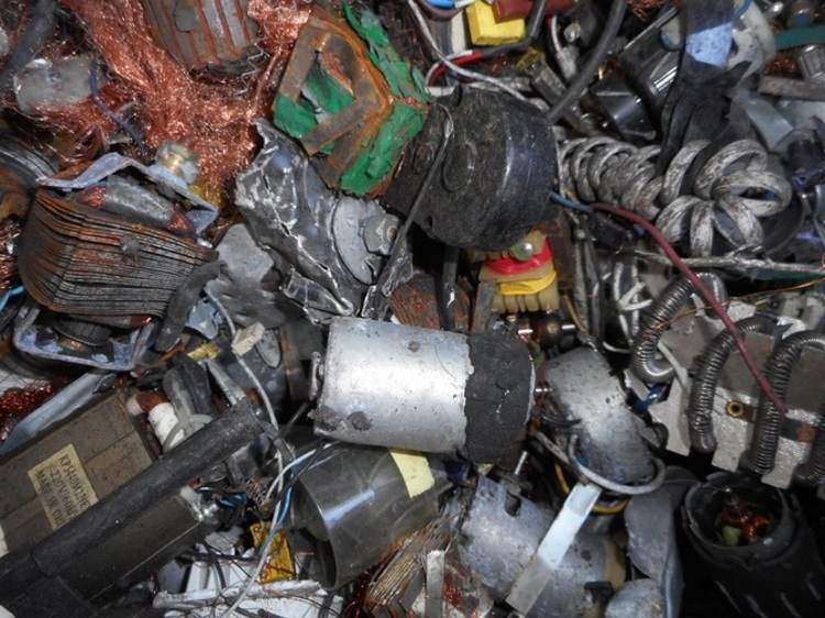 쓰레기 불법 수출 특별단속, 전보다 67%↑